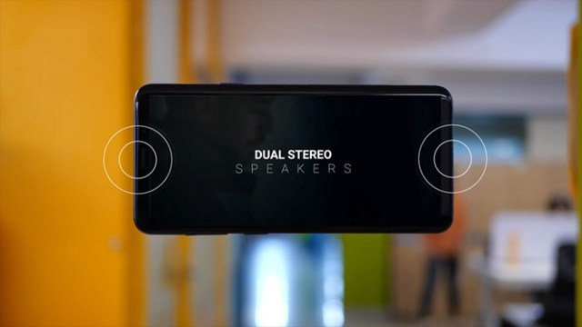 S9 Plus Review Speakers