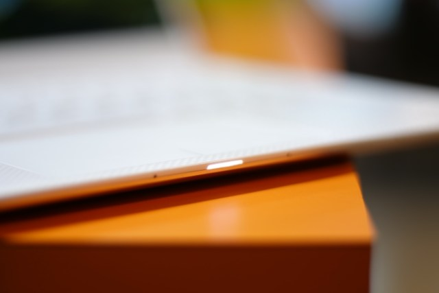 Dell XPS 13 LED Charging Light