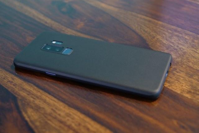 totallee S9 Plus case