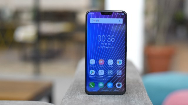 Vivo X21 With In-Display Fingerprint Sensor Launched in