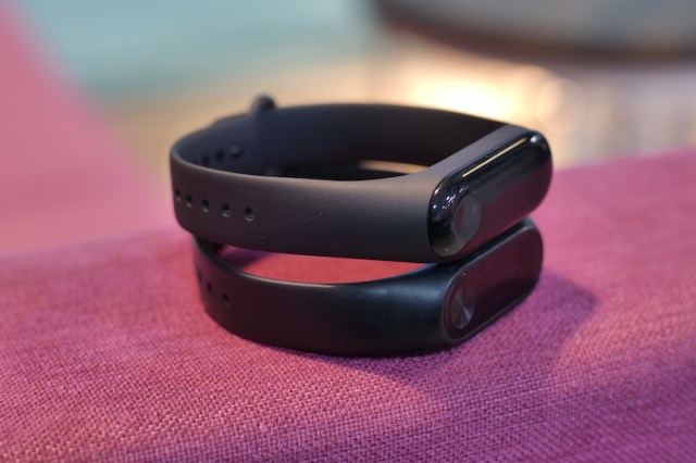 Mi Band 3 Vs Mi Band 2 Worth The Upgrade Beebom