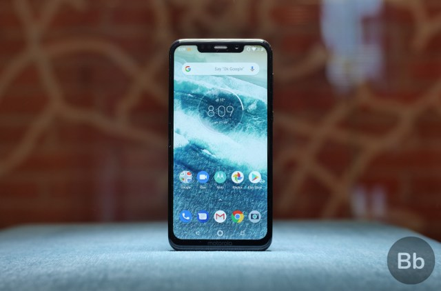 Motorola One Power Is Better Than Poco F1 For Netflix Thanks to