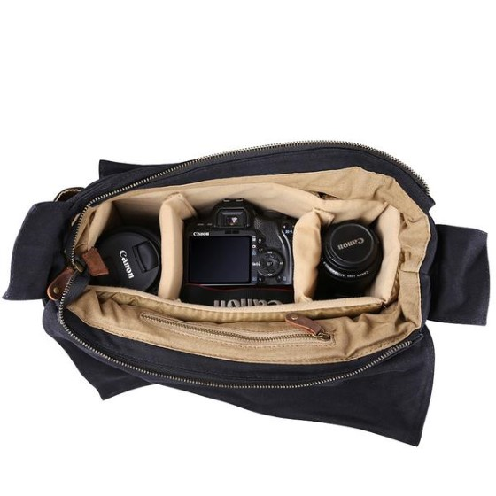 5. Кожаная сумка для фотоаппарата Kattee