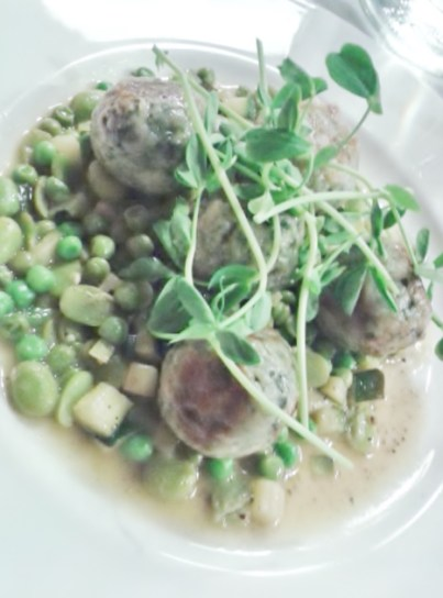 Courgette, pea and broad bean ragu with spinach and riccotta gnudi