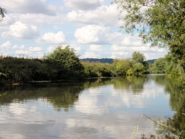 Peace and tranquility on the River Avon