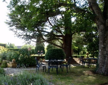Hollland house garden