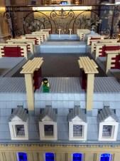 Don't jump - The Hilton en lego
