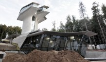 6-Space-age-house-design