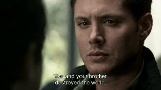 """""""Cậu và em trai cậu đã phá hủy thế giới."""""""