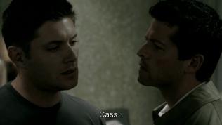 """Không chịu được nữa, Dean né, """"Cas..."""""""