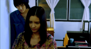 Bởi vì Pie biết, trái tim mình sẽ không ngừng yêu Kim nên cô không cần con bướm đó nhắc nhở quay về.