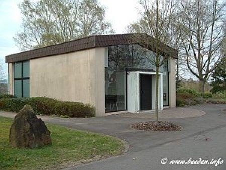 Kirchhofstrasse_NF_Leichenhalle_300
