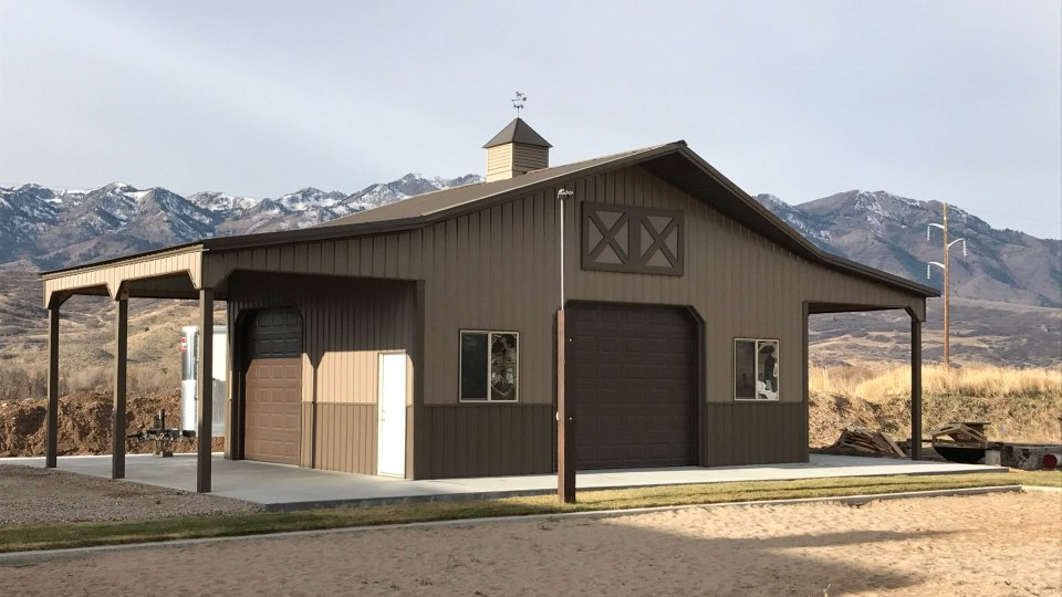 Pole Barn Garage - Beehive Buildings - 30'x24'x14'