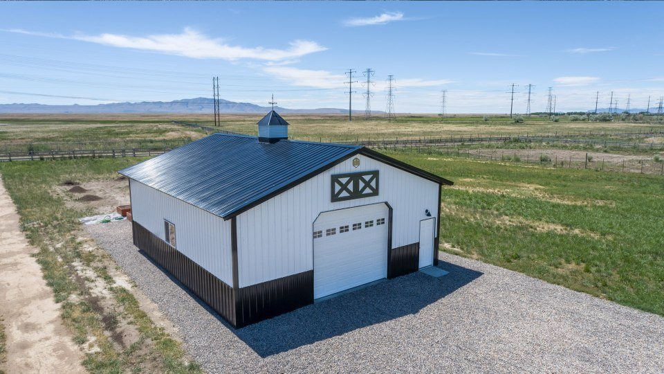 Pole Barn Storage - Beehive Buildings - 30'x36'x12'