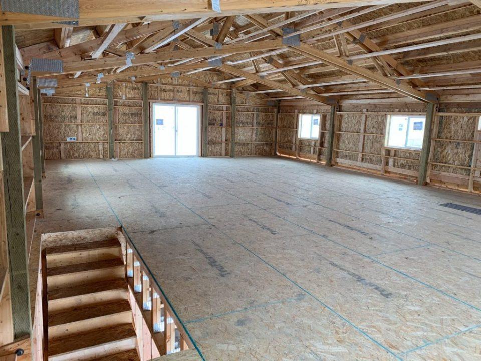 Pole Barn Home - Beehive Buildings