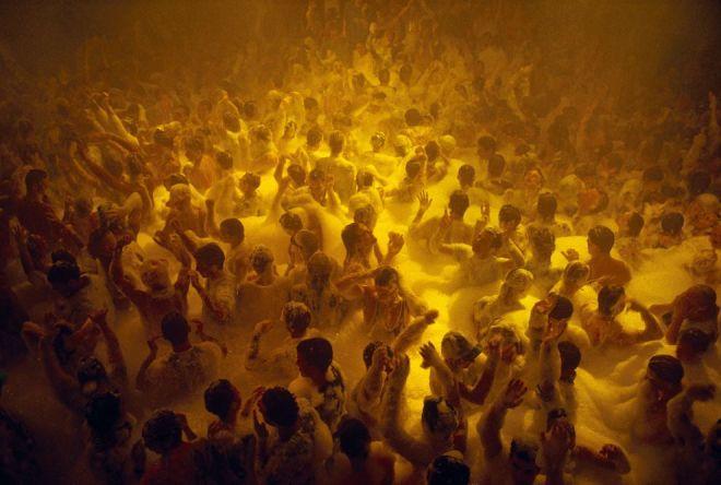 Disco, Ibiza by Alan Harvey