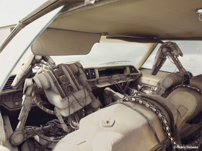 Inside the Buick, Dubai 2010 - Dark Lens - Cédric Delsaux