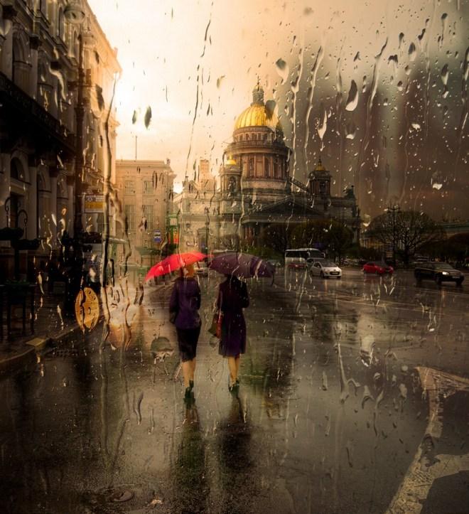 Saint Petersbourg Under The Rain by Ed Gordeev