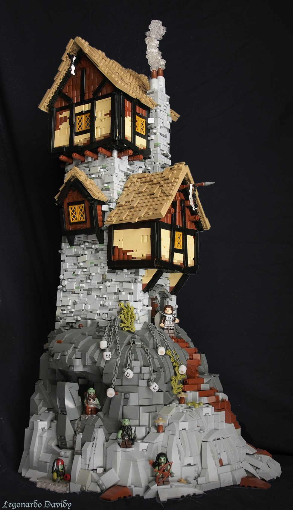 Skull Tower - LEGO - David Hensel