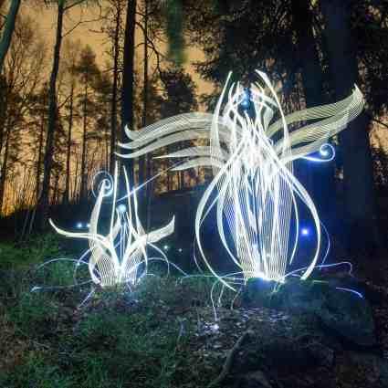 Superbe light painting / Hannu Huhtamo