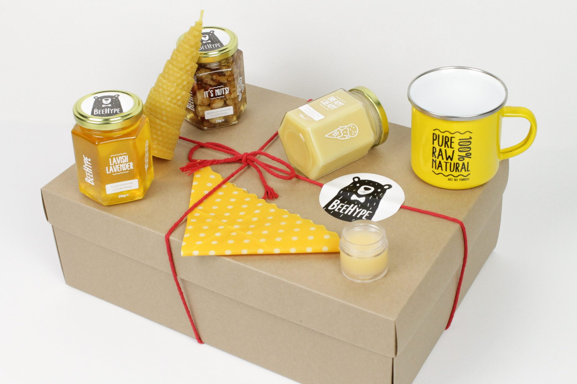 Eco friendly gift BeeHype Honey lover hamper 3 jars of natural honey and goodies from the hive