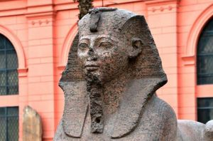 Egyptian sphinx with broken nose. 'Never hit that nose off?'?