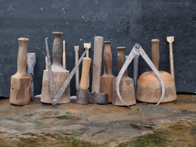 Over mij: Koen van Velzen beeldhouwer en restauratiebeeldhouwer