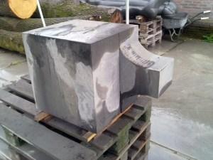 precarving black granite panipeetham lingam