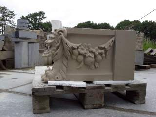 Fruitguirlande and satyr bench for Castle Twickel / sandstone sphinxes