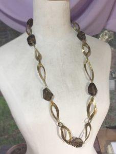 真鍮と天然石のロングネックレス