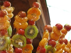 28 - Kunming - candy fruit