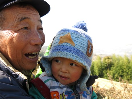 45 - Yuanyang - grandpa and grandson