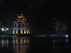 07 - Hanoi - lake