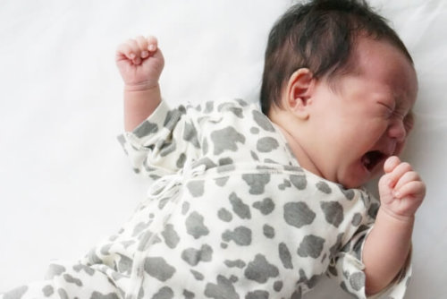 酒臭い 赤ちゃん 影響