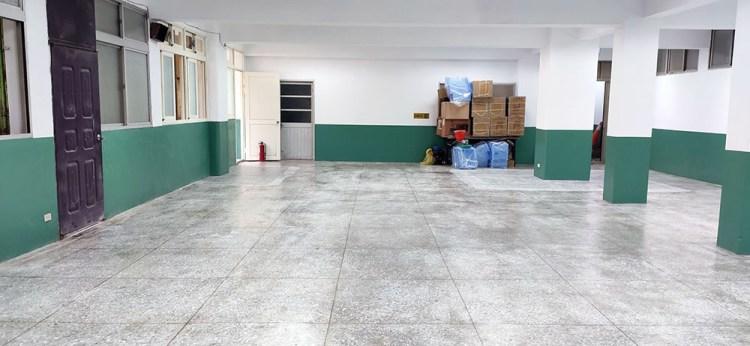 【台中清潔】潔匠清潔公司 台中清潔團隊推薦 磨石子地板打磨清洗 學校活動中心清潔,地板打蠟 公道價格、專業服務