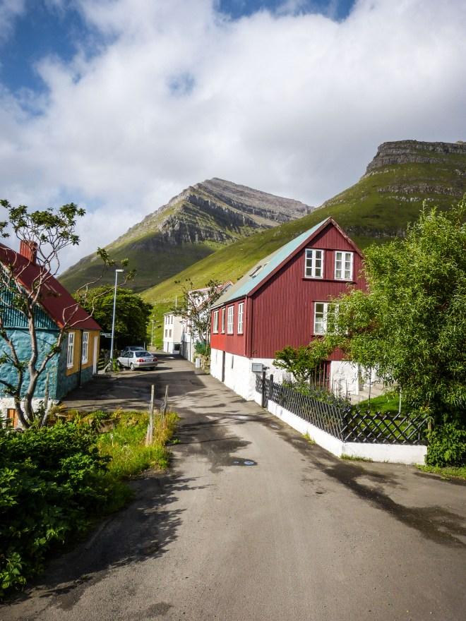 Faroe Islands Kunoy Färöer Inseln Dorfstrasse