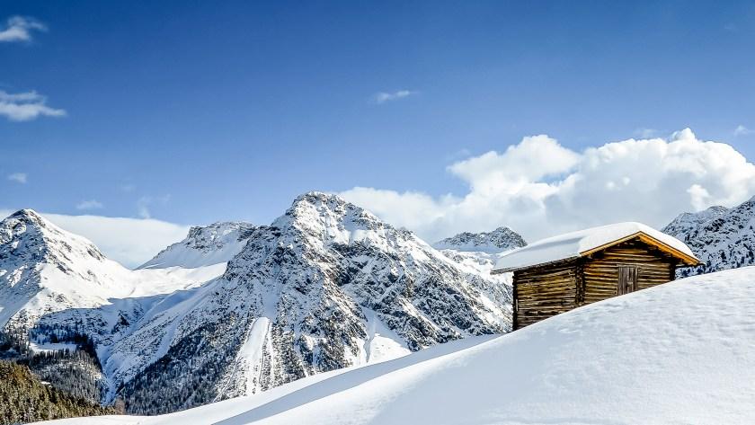 Winterwelten Arosa Lenzerheide Chalet Schiesshorn Winter Schnee Berge Carmenna
