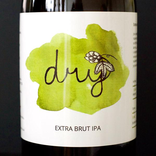 Pivečka; Dry 13°; Craft Beer; Remeselné Pivo; Živé pivo; Beer Station; Fľaškové pivo; IPA; Extra Brut IPA