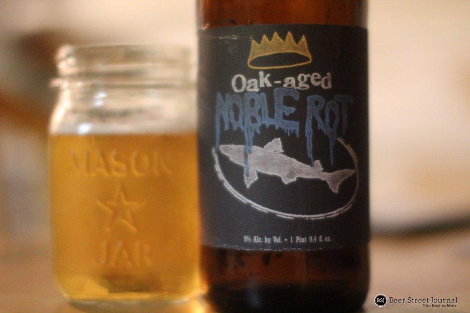 Dogfish Head Oak Aged Noble Rot bottle