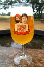 Prairie / Jester King Natural Union and accompanying glassware
