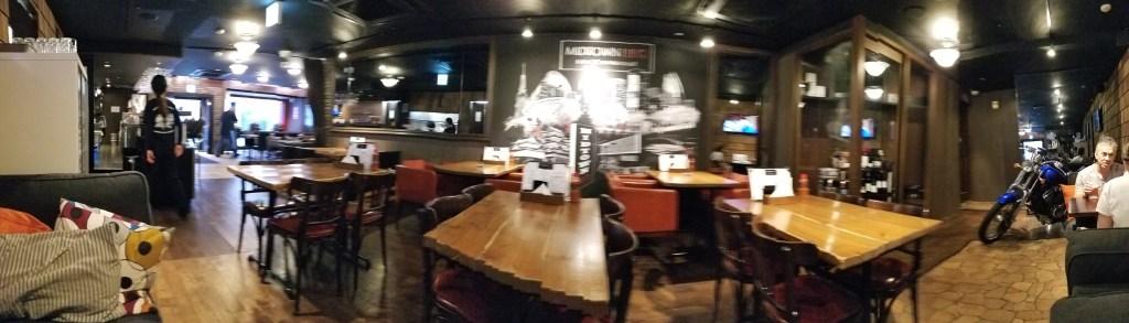 Midtown BBQ Nagoya Inside・ミドタウンBBQ名古屋店内