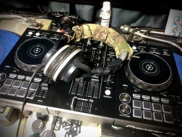 【DJ機材】PioneerのコントローラーDDJ-400が仲間に加わった