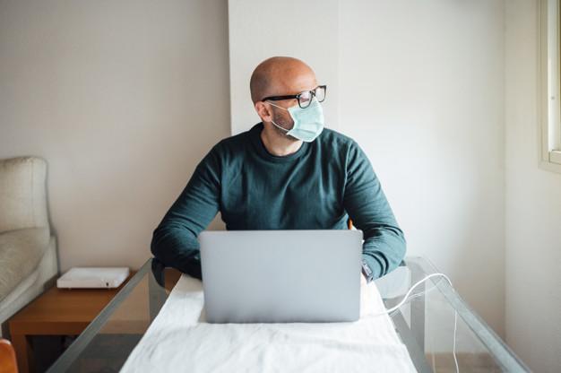 จัดห้องสำหรับทำงานที่บ้านระบาดของไวรัสโควิด19 1