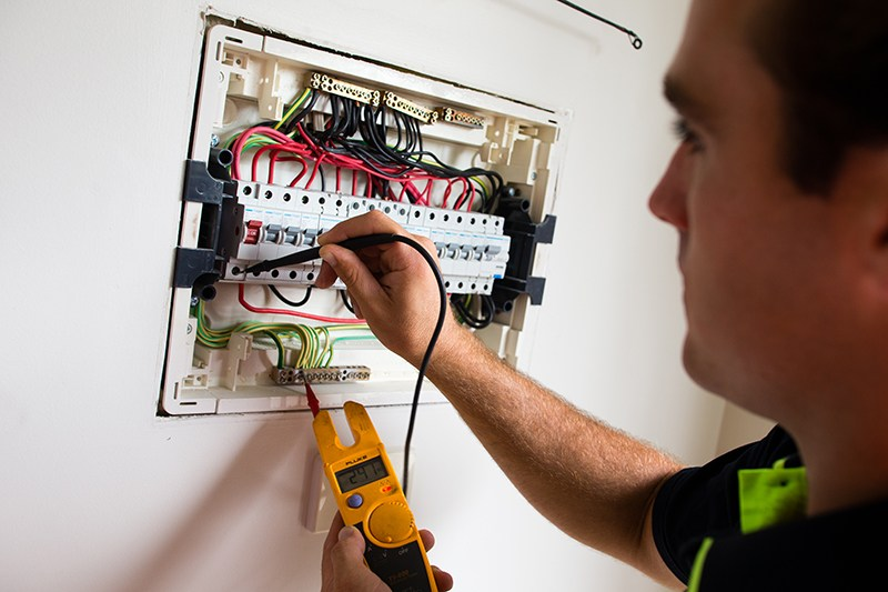 home-electrician