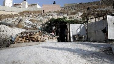 ... in Jebel Mukabe