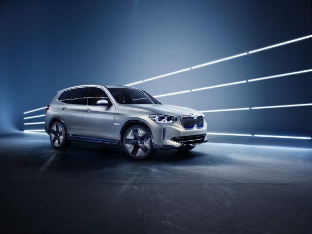 voitures électriques BMW ix3