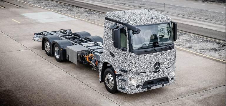 Camion électrique E actros Mercedes
