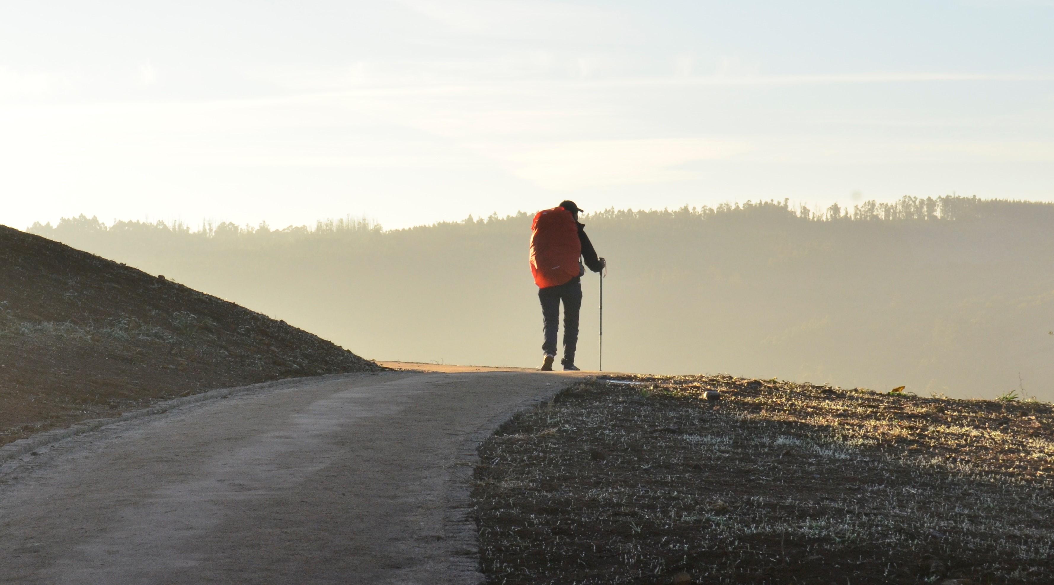 Voyager à pied, une expérience simple et profonde