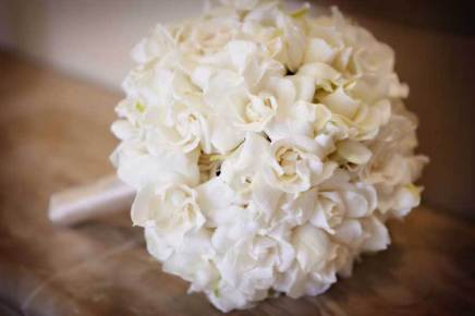 gardenia-bridal-bouquet-1