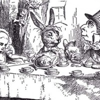Book Review: Alice's Adventures in Wonderland - Lewis Carroll